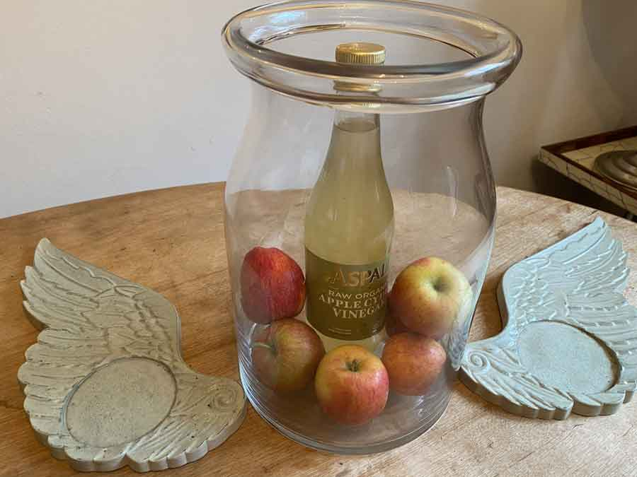 Natural Cleaning - What Apple Cider Vinegar can do for you
